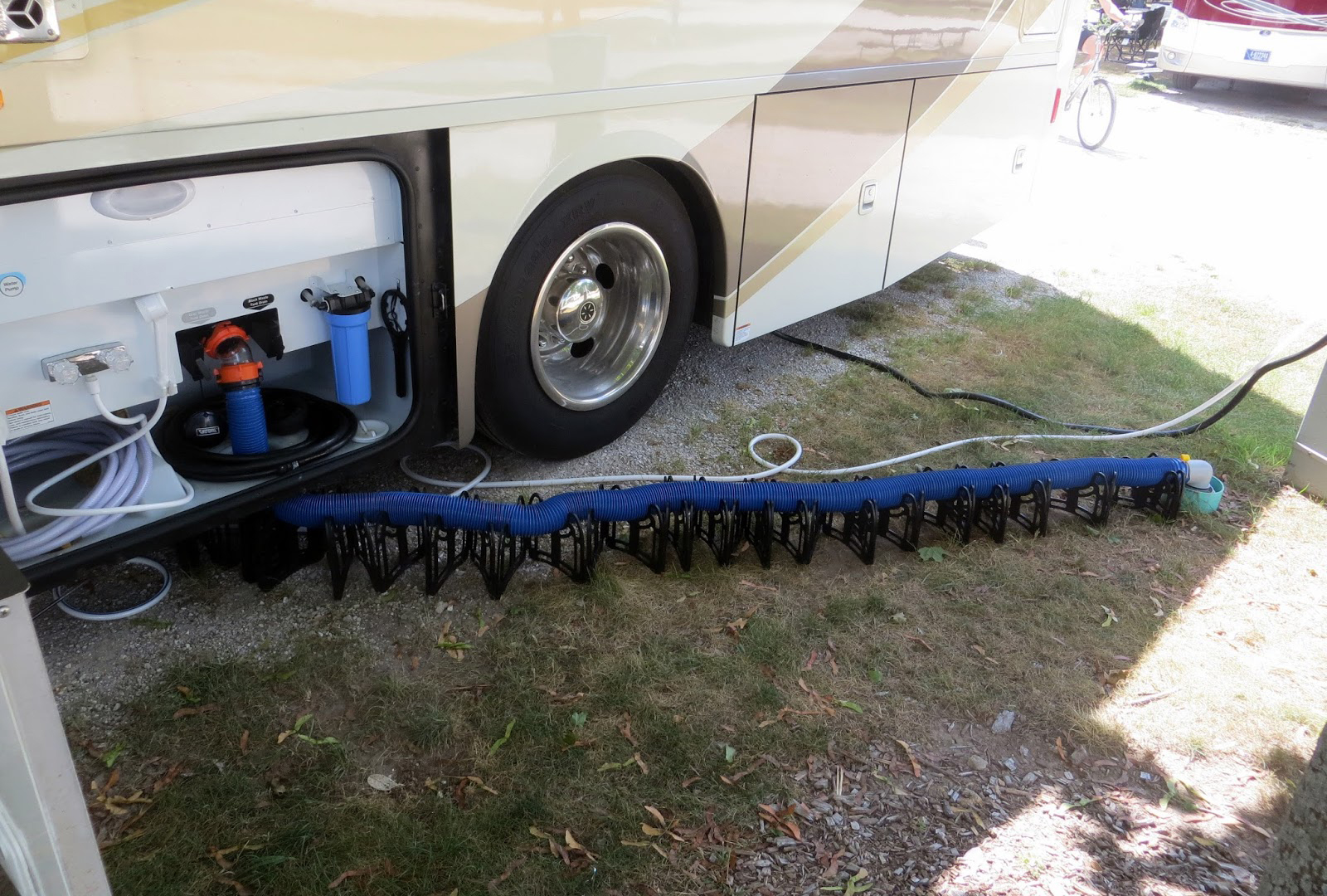 how to hook up RV sewer at home