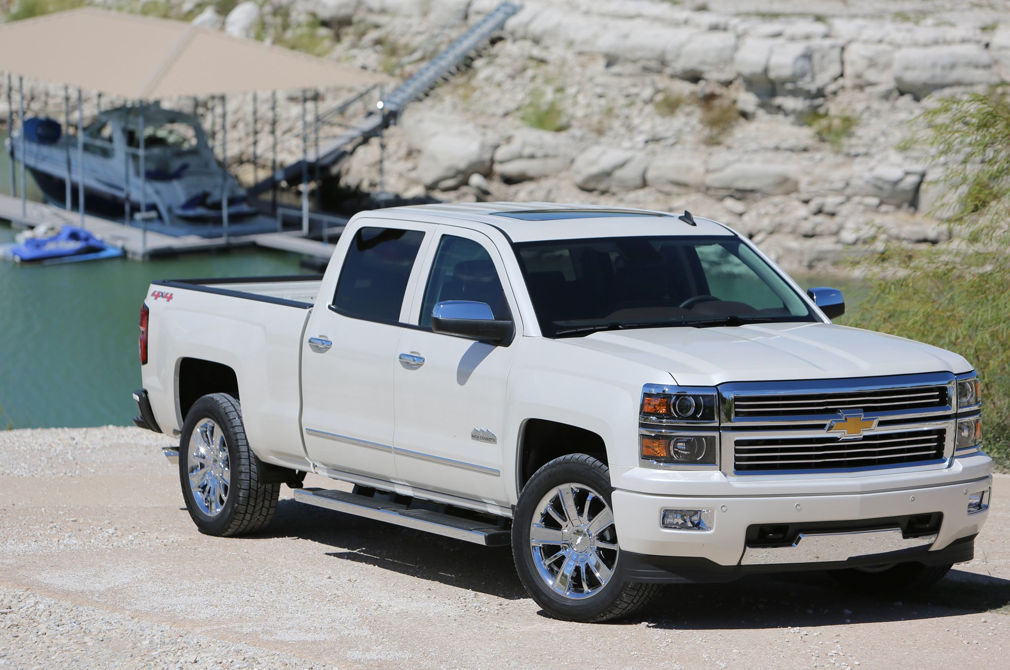 2015 Ram 1500 Towing Capacity >> Gas vs Diesel for Towing a Fifth Wheel: Which Truck is ...