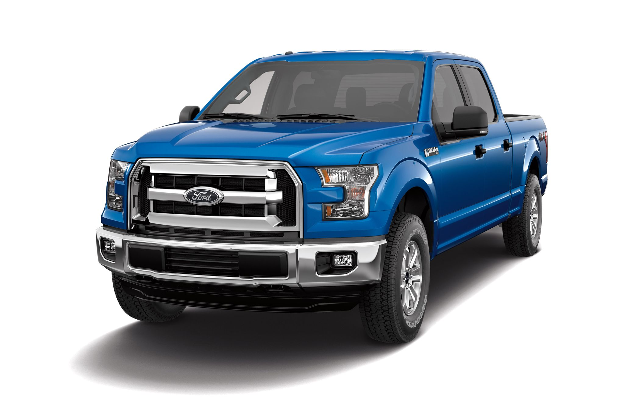 2015 Ford F-150 XLT front view
