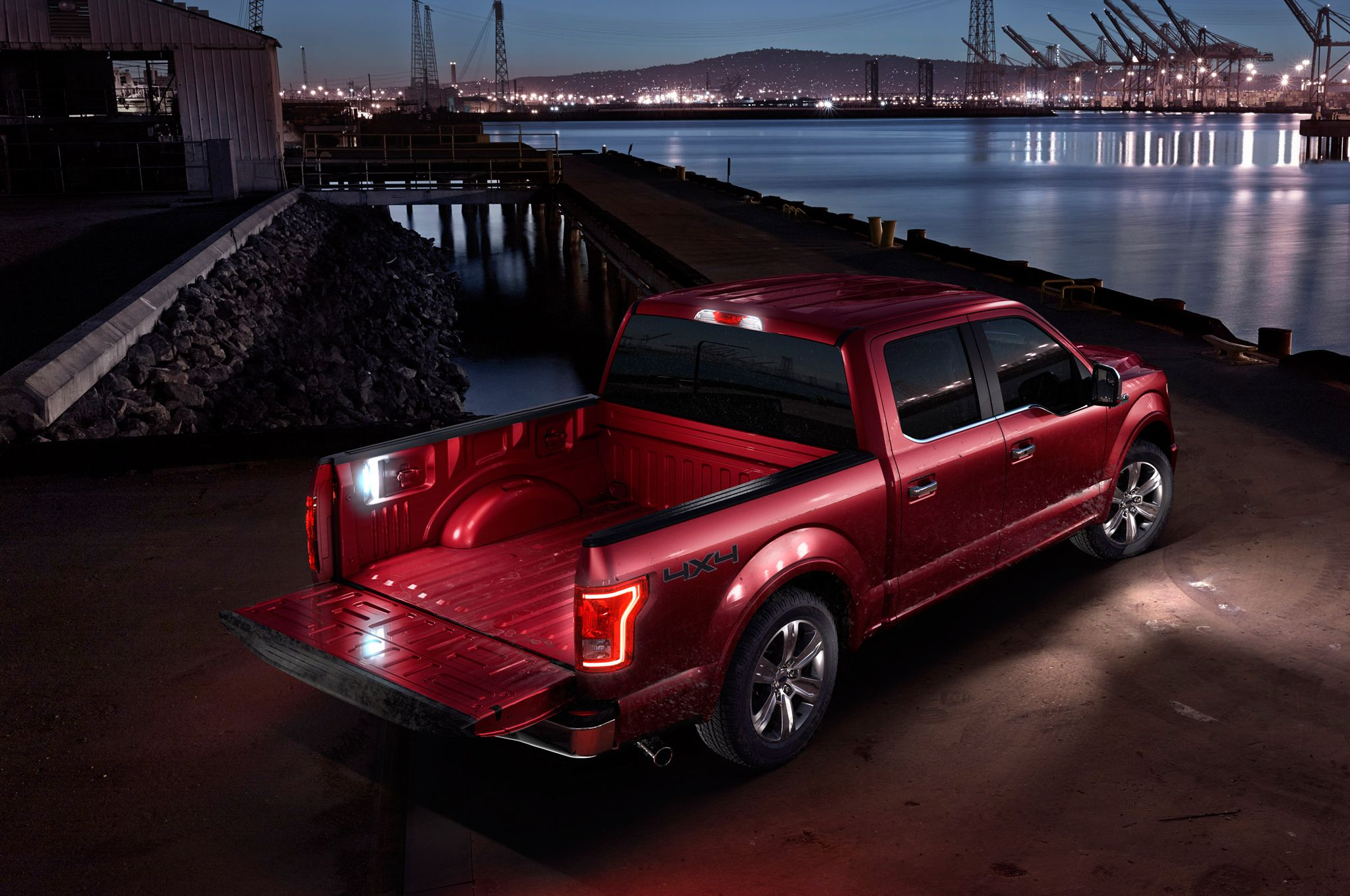 2015 Ford F-150 rear three quarters