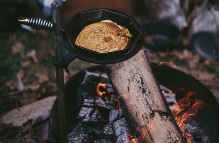 What are the Easiest Meals to Cook While Camping?