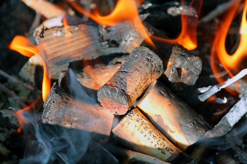 Camping hacks - DIY fire starters
