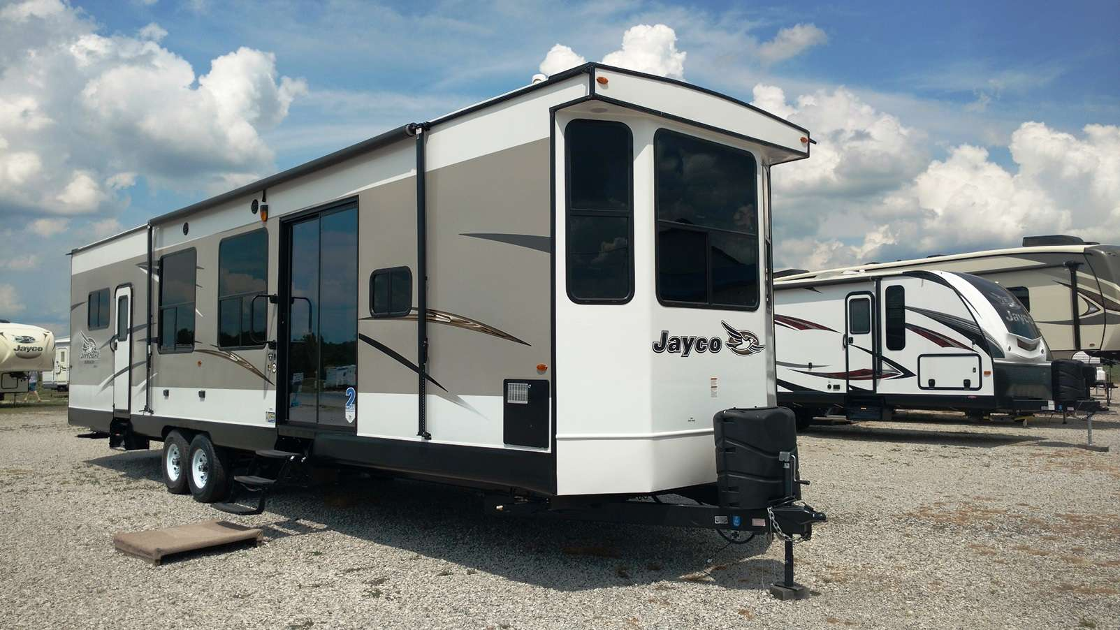 Here Is The Best Travel Trailer With Washer And Dryer You Re