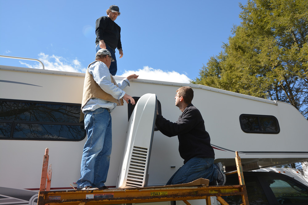 rv rooftop air conditioner