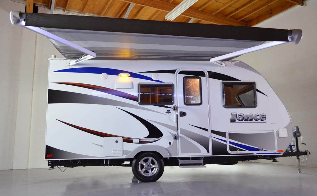 travel trailers under 4000 pounds