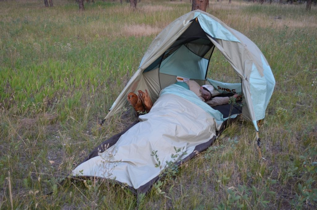 bedroll vs sleeping bag
