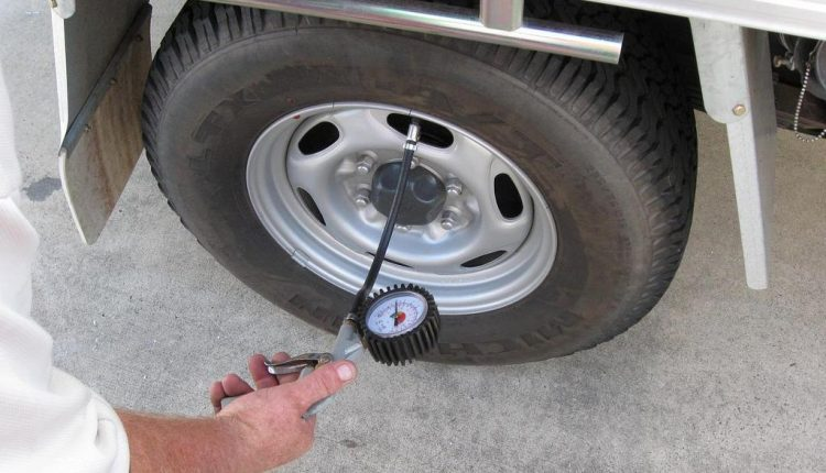 RV tire pressure monitoring system