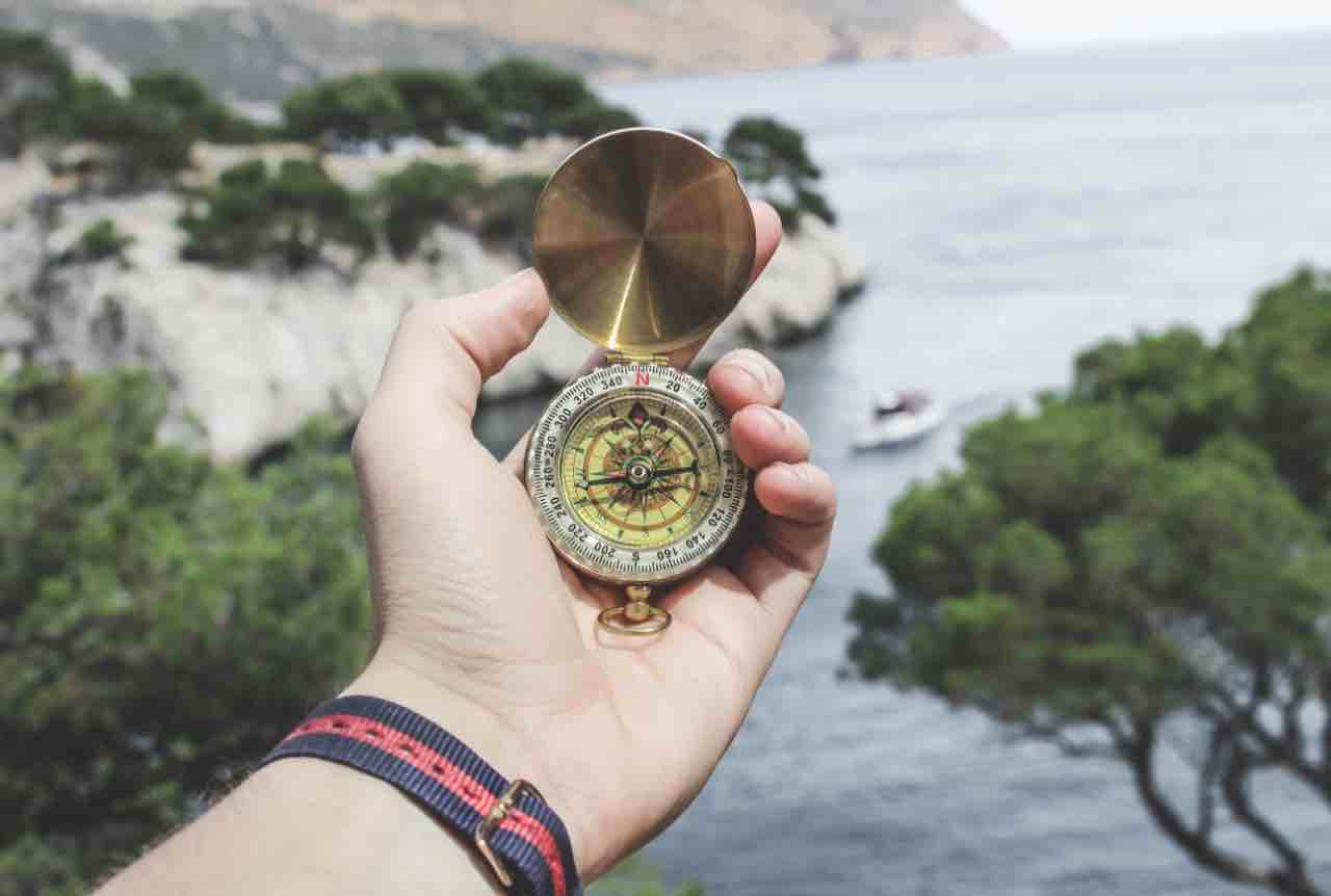 different types of compasses